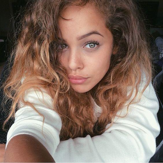Natural looking eyebrows-makeup-lashes